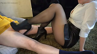 footjob in leather skirt and ankle boots - projectsexdiary