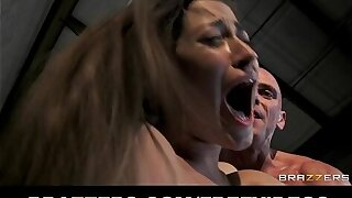 Dani Daniels gives an amazing BJ added to gets rewarded wide doggy